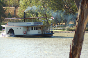 Emmylou Paddle Steamer - Find Attractions