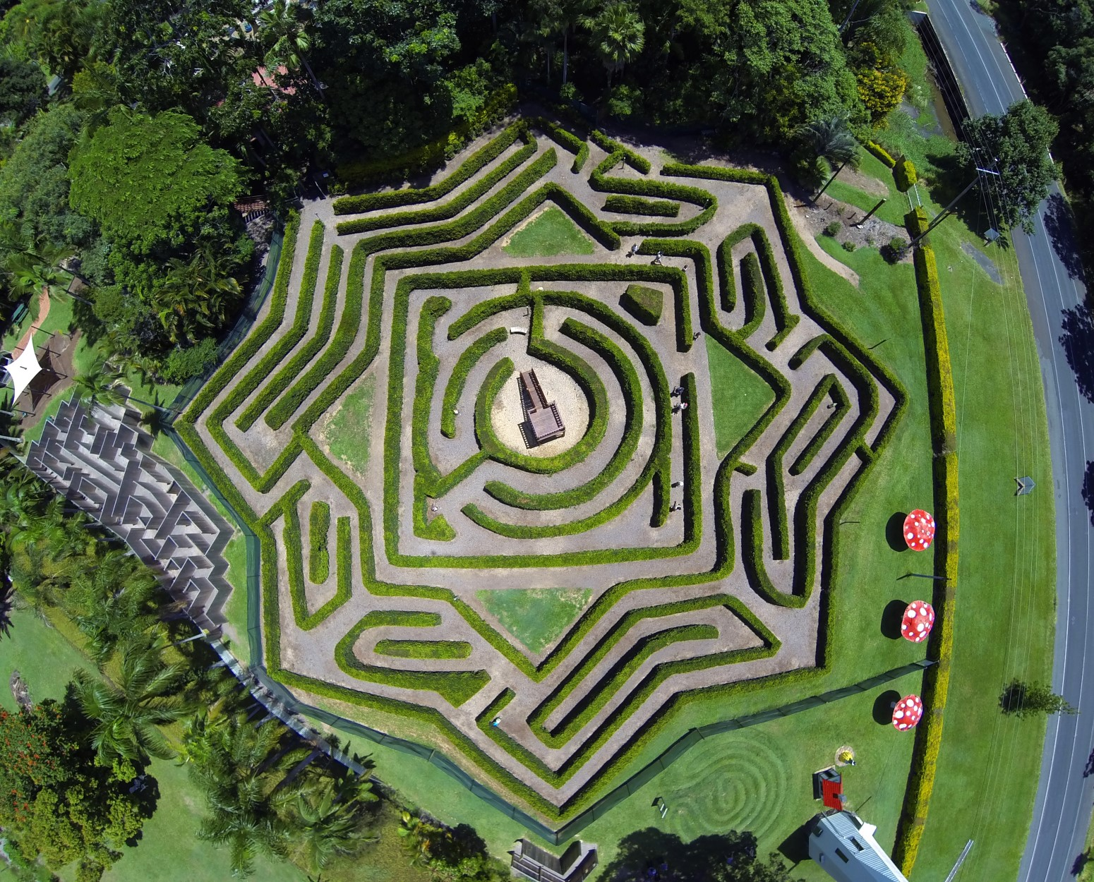 Bellingham Maze - Find Attractions