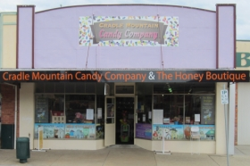 Cradle Mountain Candy Company and Honey Boutique - Find Attractions