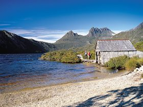 Dove Lake Circuit - Find Attractions