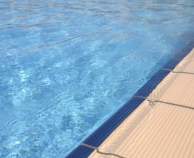 Calliope Swimming Pool - Find Attractions