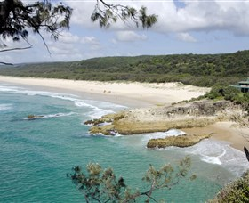 Main Beach North Stradbroke Island - Find Attractions