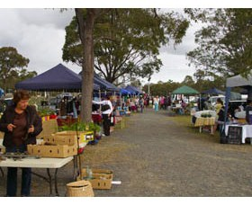 Nikenbah Markets - Find Attractions