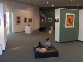 Warwick Art Gallery - Find Attractions