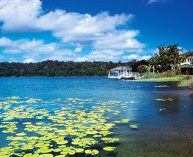 Lake Barrine Crater Lakes National Park - Find Attractions