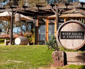 Saint Regis Winery Food  Wine Bar - Find Attractions