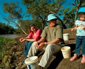 Charleville - Bakers Bend Warrego River Fishing Spot - Find Attractions
