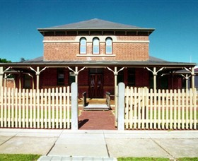 Wentworth Courthouse - Find Attractions