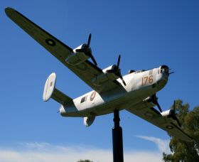 Tocumwal Historic Aerodrome Museum - Find Attractions