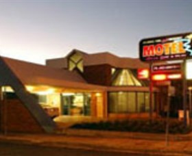 Dubbo RSL Club Resort - Find Attractions