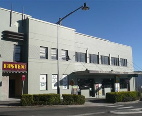 Katoomba Family Hotel and Restaurant - Find Attractions