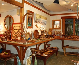 The Woodcraft Gallery - Find Attractions