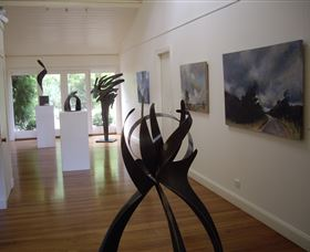 Ivy Hill Gallery - Find Attractions