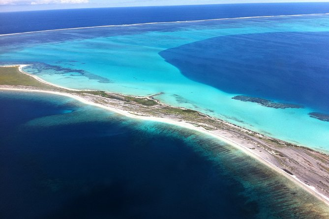 Abrolhos Islands Fixed-Wing Scenic Flight from Geraldton - Find Attractions