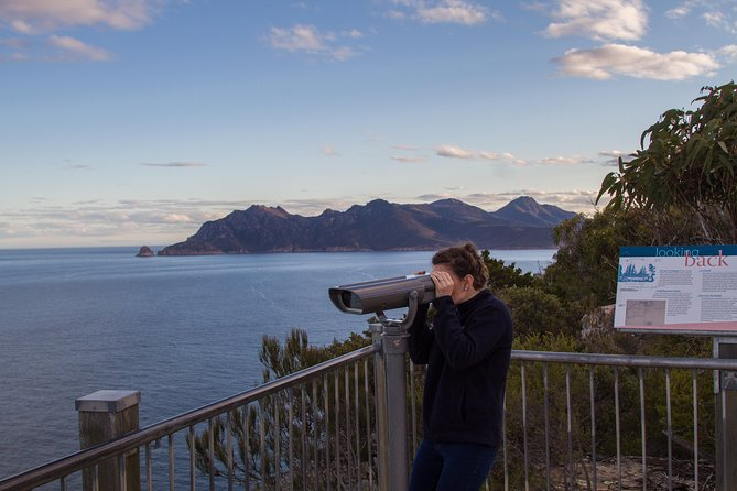 4x4 and Lunch Half Day Freycinet National Park - Find Attractions