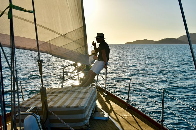Magnetic Island Twilight Sailing Cruise - Find Attractions