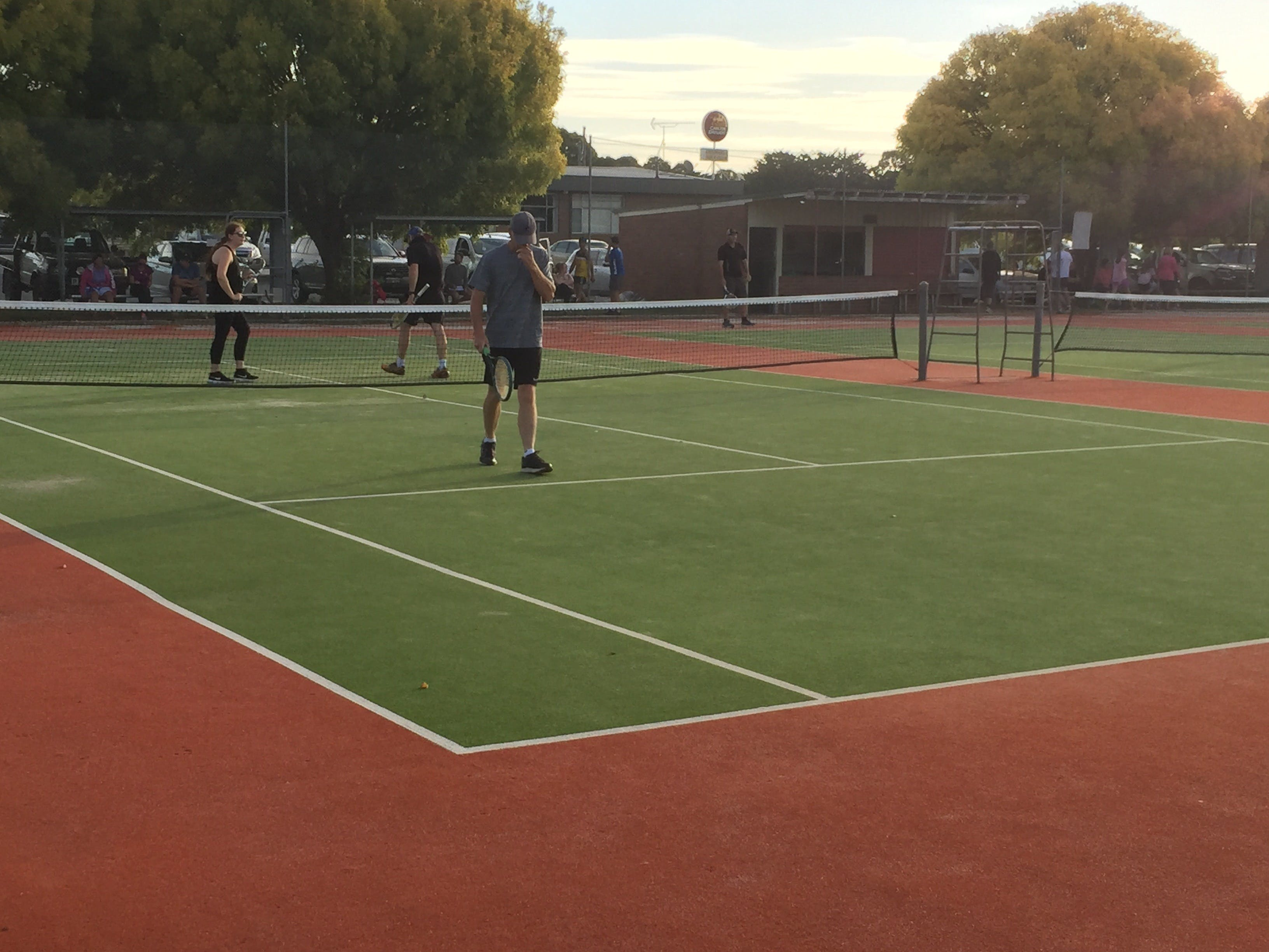 Crookwell Tennis Courts - Find Attractions