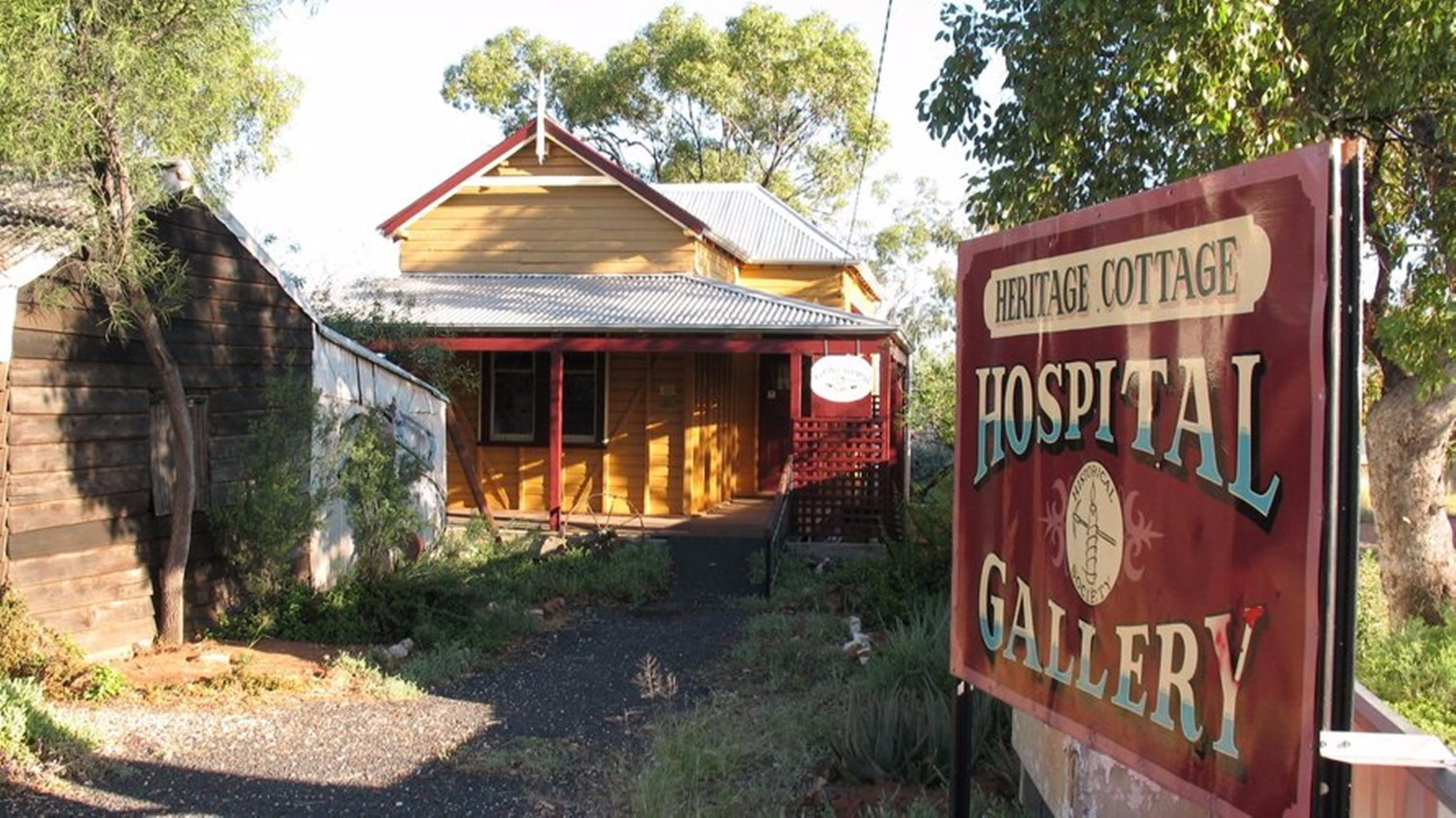 Lightning Ridge Heritage Cottage - Find Attractions