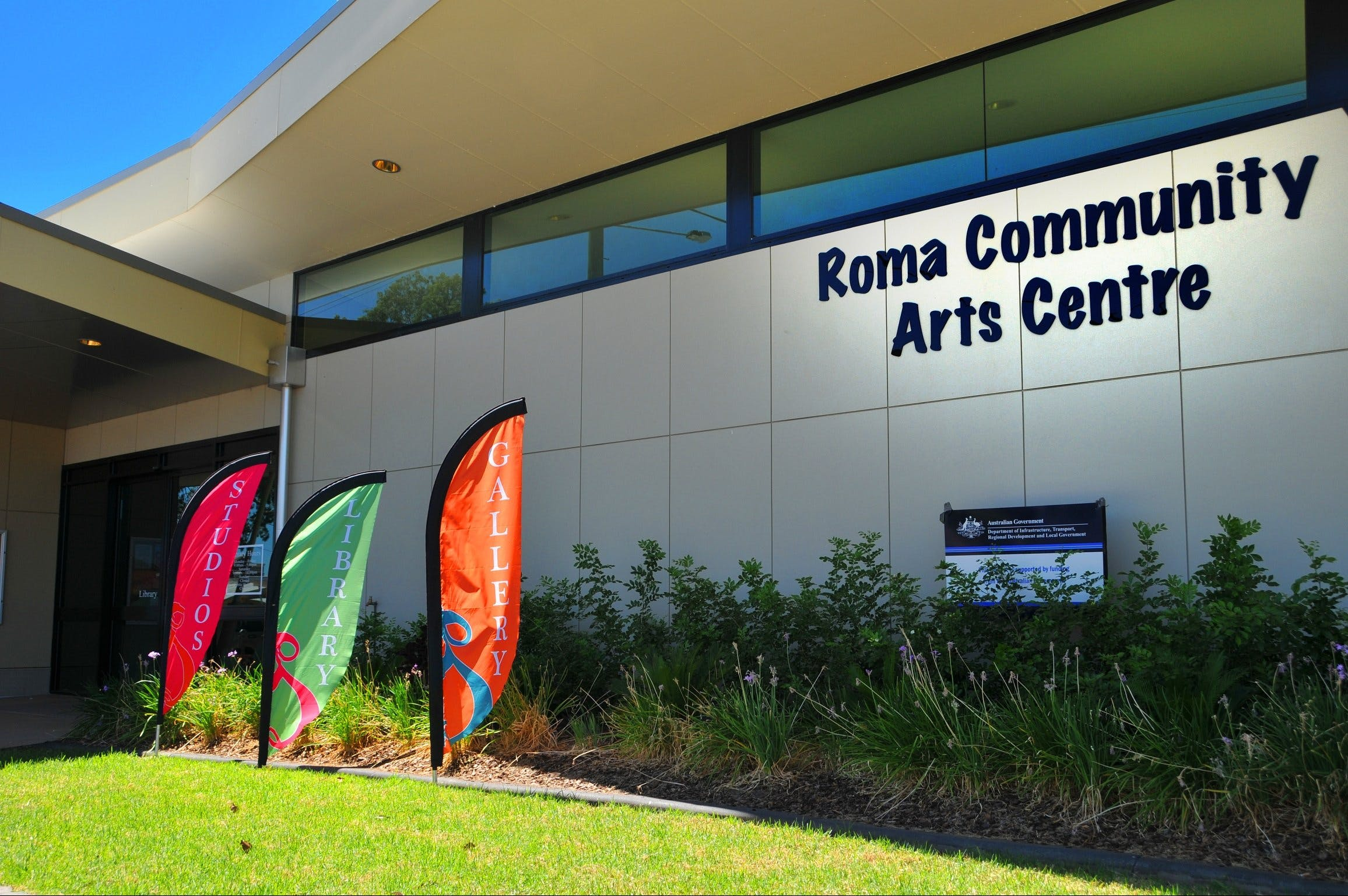 Roma on Bungil Art Gallery and the Walk of Art - Find Attractions
