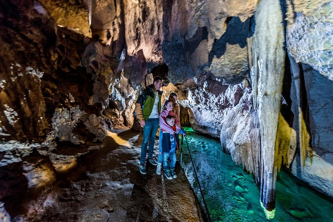 Jenolan Caves Imperial-Diamond Cave Tour - Find Attractions