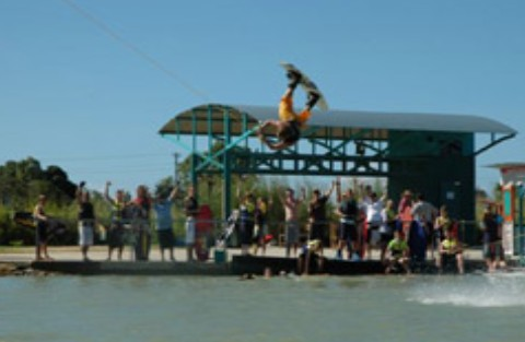 Cable Ski Cairns - Find Attractions
